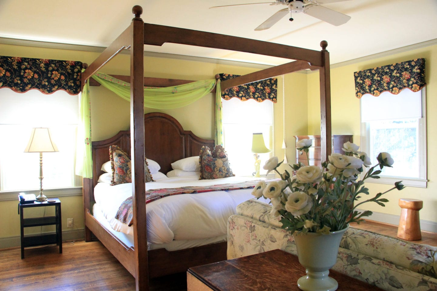 RaPaula Room at Bear Creek Inn
