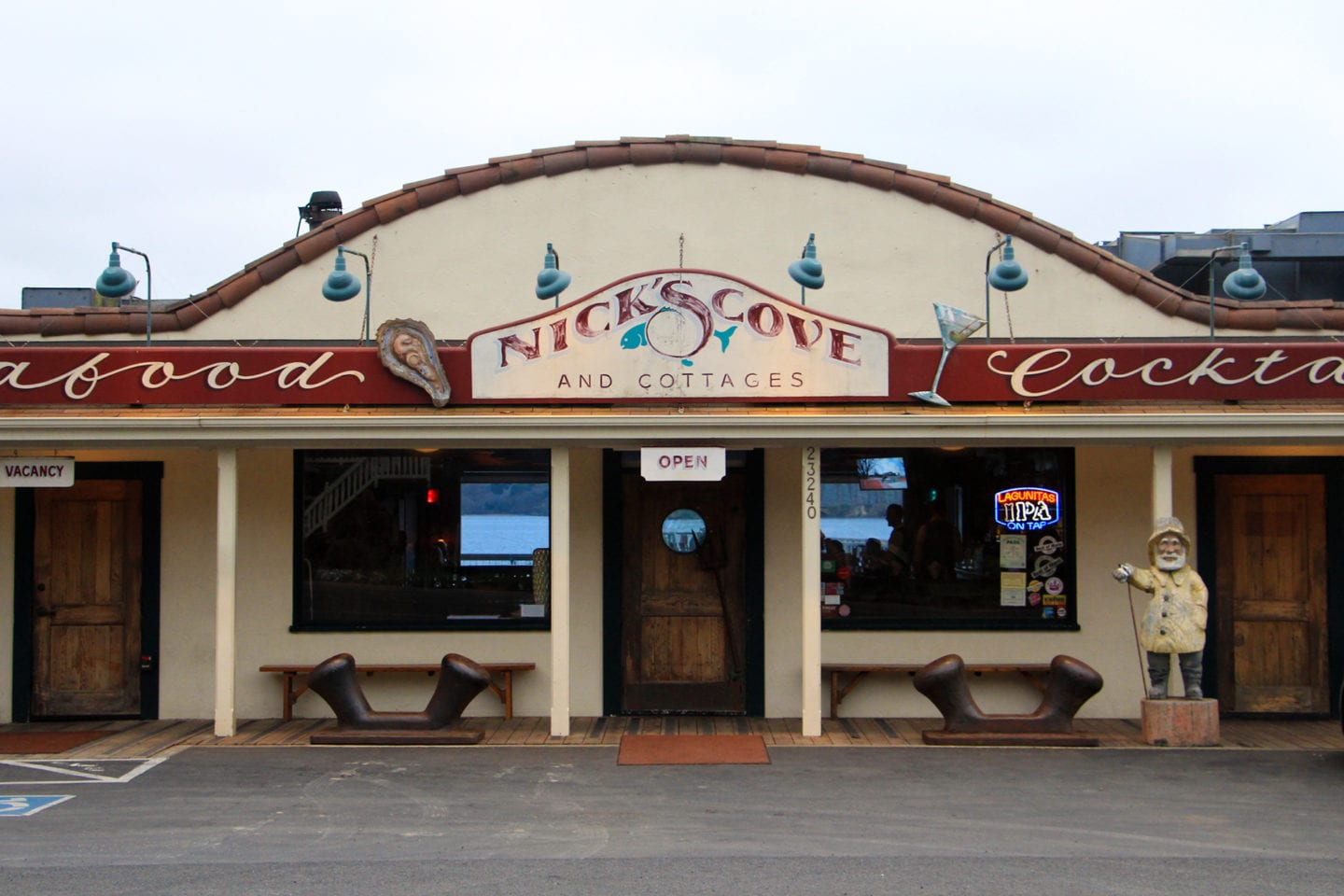 Nick's Cove Restaurant & Oyster Bar